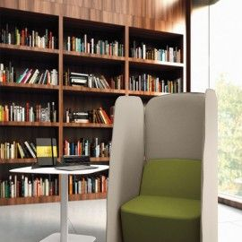 Lubimy czytać! W takim fotelu to jeszcze większa przyjemność. :)