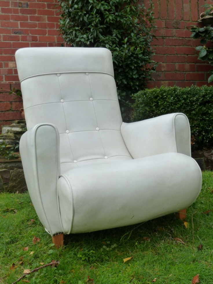 Drat   Someone Bought The 1950s Sleepy Hollow Armchair I Wanted :(