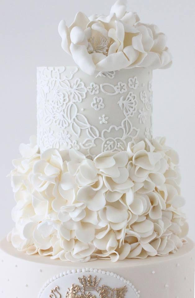 White wedding cake with interesting details - Gorgeous Wedding Cakes   Calligraphy by Jennifer