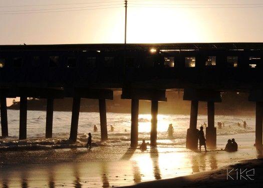 Sol dorado al atardecer puerto de La Libertad  El Salvador