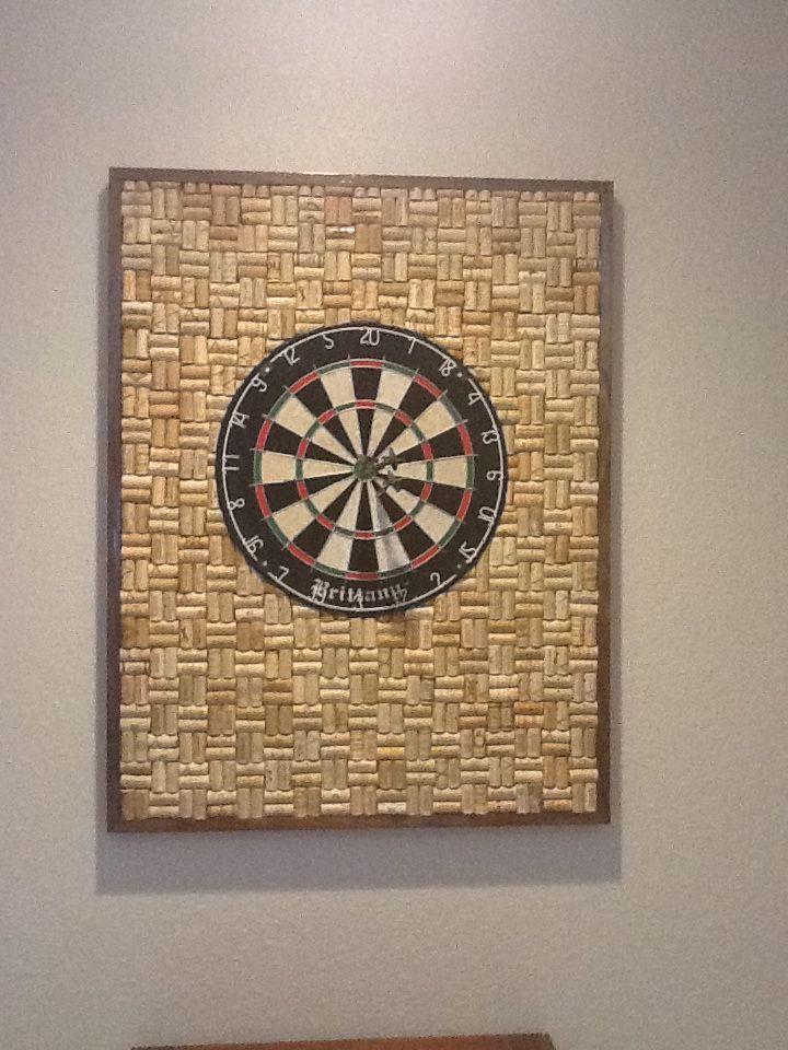 wine cork dart board my husband is so creative beach house ideas pinterest creative. Black Bedroom Furniture Sets. Home Design Ideas