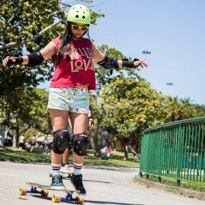 Aula de long - Guanabara Boards Aulas de skate longboard para adultos - longboard girls - longboard para meninas - aprender longboard