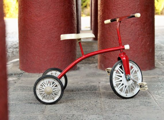 Check out this item in my Etsy shop https://www.etsy.com/listing/506886010/childrens-bike-tricycle-bike-vintage