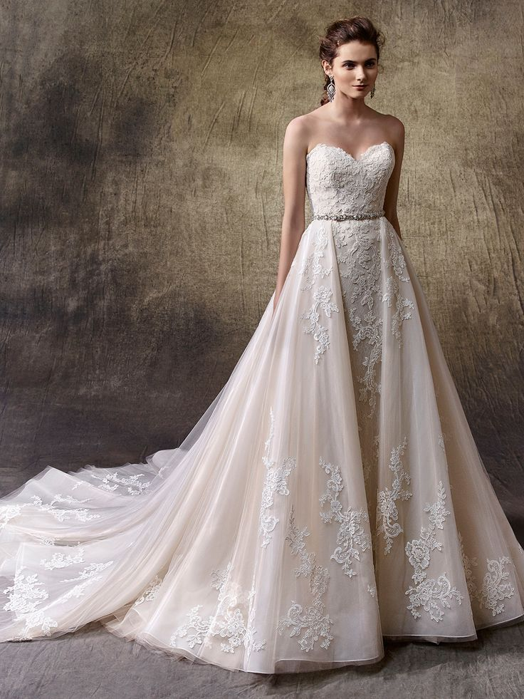 2017 Enzoani, Lucie Front View                                                                                                                                                                                 More