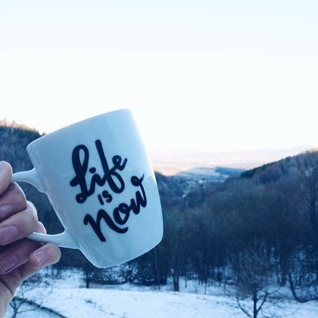 "Polubienia: 70, komentarze: 4 – @cliche_mugs na Instagramie: ""#life #is #now #lifeisnow #perfect #moment #mountains #beautiful #view #be #happy #brave #snow…"""