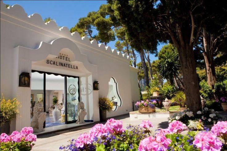 Capri… the cosmopolitan island of famous romances! – Antaeus Travel | Travel Agency