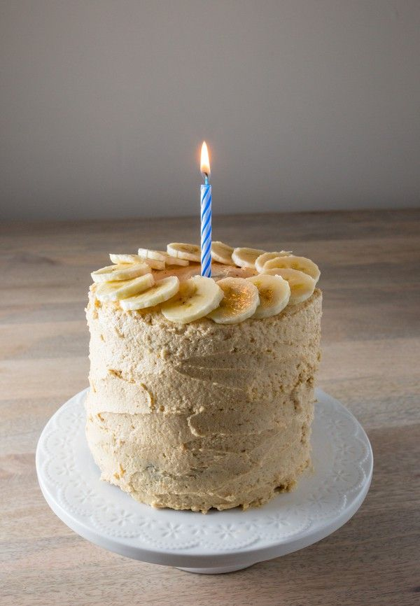 Healthy birthday smash cake recipes: Healthy Chocolate Smash Cake with Peanut Butter Cream Cheese Frosting | Hellobee
