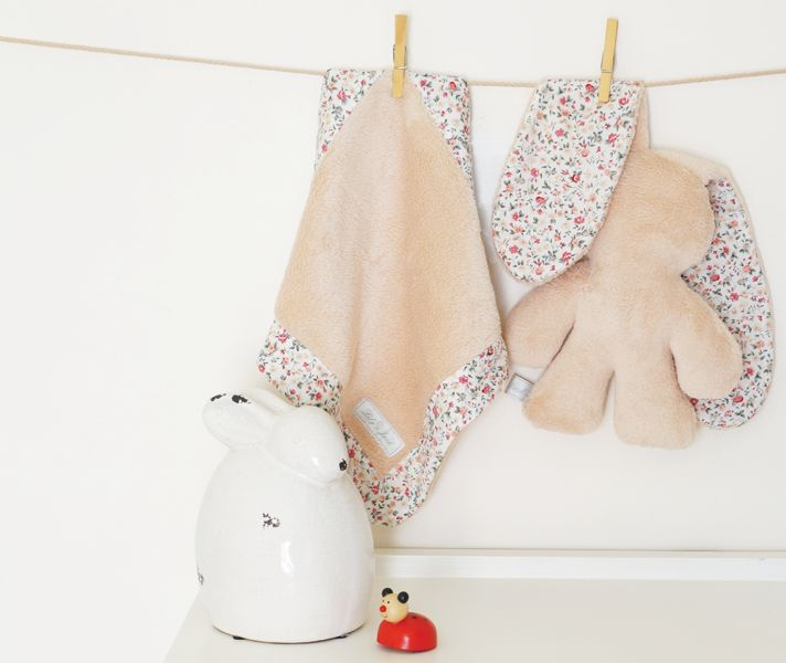 Lily & Jack Snuggle Blankie and Bunny - Cream Floral
