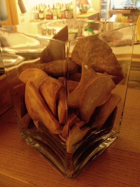 Biscotti appena sfornati, buffet a colazione hotel Saraceno 4 stelle all inclusive