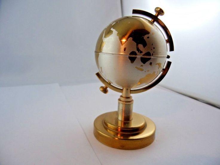 Globus Gas Feuerzeug Tischfeuerzeug Metall Silbern und Golden