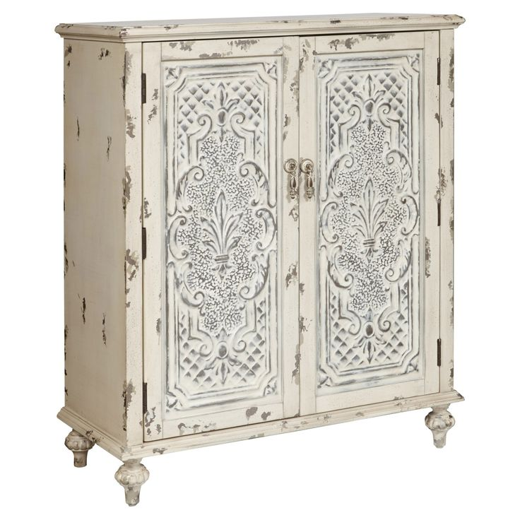 Pulaski Fleur De Leis Wood Accent Chest - P017017