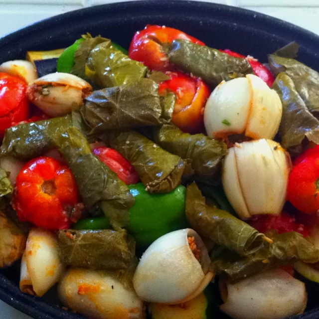 59 best images about assyrian on pinterest stuffed grape for Assyrian cuisine