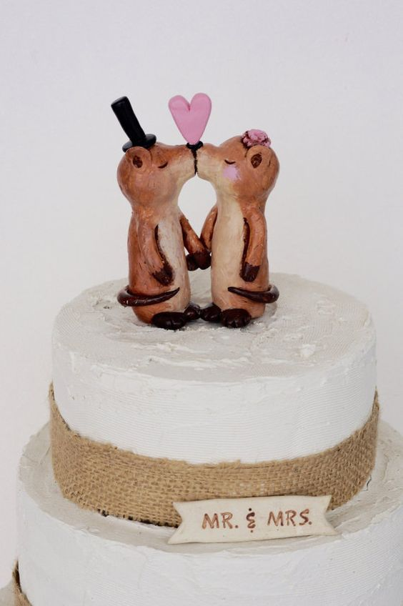 Kissing Otters in Love wedding cake topper by cortneyrectorwedding