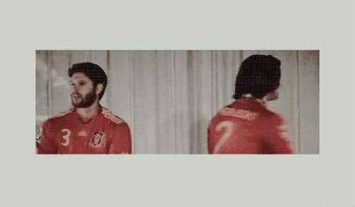 [GIF] Jared, you are a five year old. Jared and Jensen convention panel