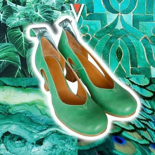 A unique, precious and nature-inspired color. Bring some emerald wherever you go with this beautiful pair of Vladì Shoes, Audrey, that you can find in our stores in Venice and on our online shop❣️