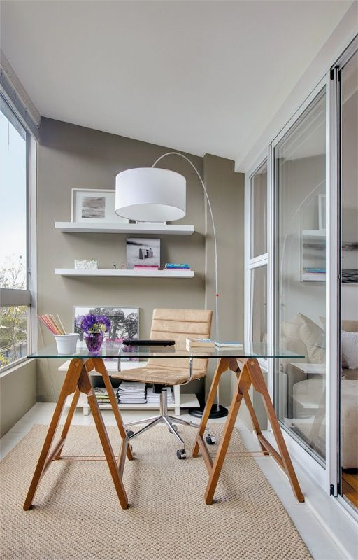 Perfeita Ordem : Varanda se transforma em um charmoso escritório