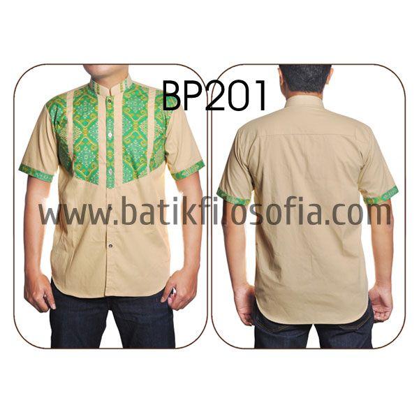 Kemeja Koko Batik dengan Kode BP201, merupakan batik printing yang terbuat dari bahan katun yang dikombinasikan dengan bahan baby canvas. Harga untuk kemeja koko batik kode 201 ini adalah Rp.225.000
