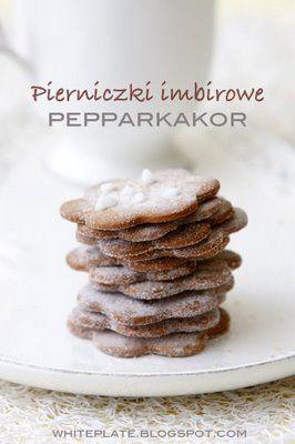 Nie ma Świąt bez pierników! Świąteczne pierniczki imbirowe ze Szwecji Pepparkakor. There is no Christmas without gingerbread (via White Plate).