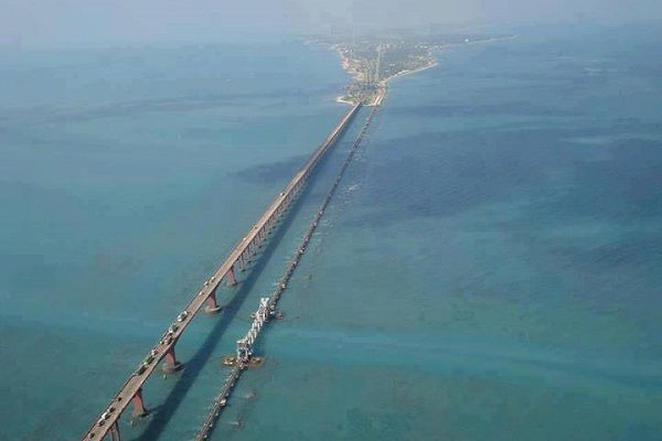 11 Road Trips That You Must Take In India Once In Your Lifetime pamban bridge...sri lanka