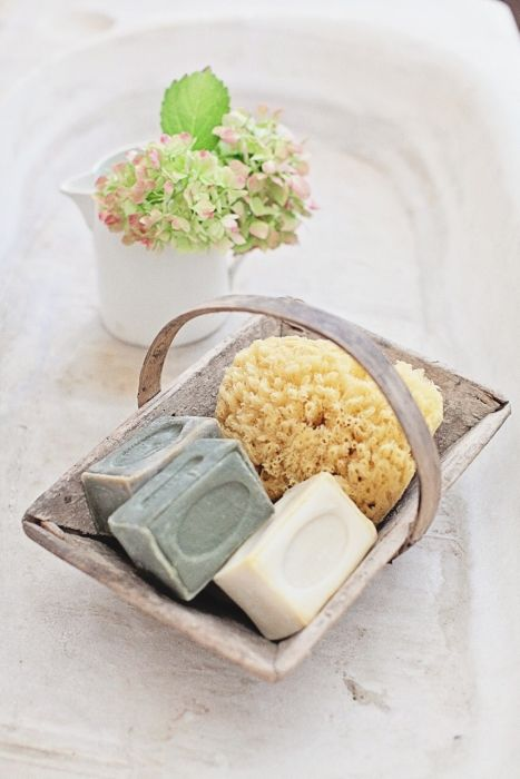 Set of 4 Bars of 300 Gram Olive Oil French Soap
