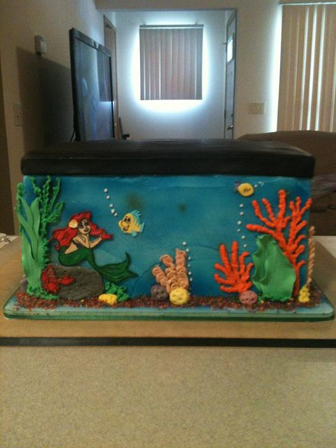 Little mermaid fish tank birthday cake pasteles cup for Fish tank mermaid