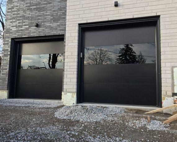 Modern Exterior Garage Doors Woodbridge What Should Be Considered When Building A Modern Garage In 2020 Contemporary Garage Doors Garage Doors Garage Door Design