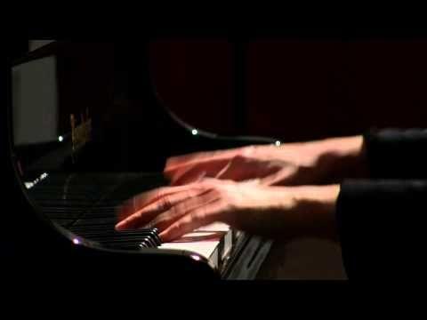 ▶ Gute Nacht (from Winterreise) Schubert Liszt Valentina Lisitsa - YouTube