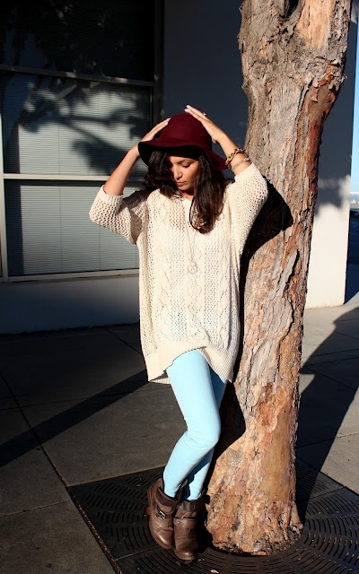 Comfy sweater and pastel skinny jeans