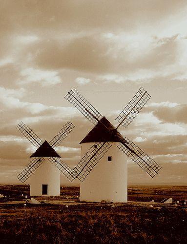 Castilla la Mancha, España (donde todo ocurrió y donde un gran clásico de la literatura y héroe poco tradicional nacieron.)