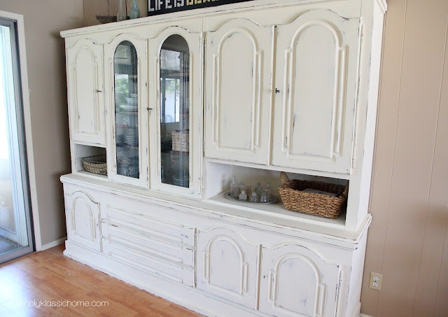 17 best ideas about chalk paint hutch on pinterest hutch for Klassic furniture