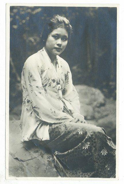 malay-woman