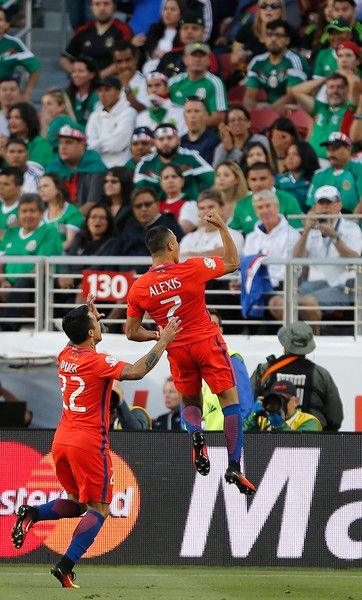 Alexis Sanchez and Edson Puch celebrate.  Chile NT.  Copa America.
