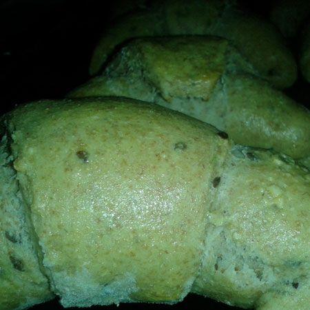 Egy finom Magvas-fokhagymás kifli ebédre vagy vacsorára? Magvas-fokhagymás kifli Receptek a Mindmegette.hu Recept gyűjteményében!