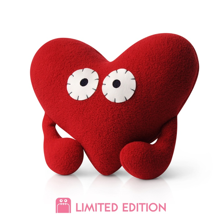 Harriet isn't afraid to show her emotions. In fact, she wears her heart on her sleeve. $15 #plush #monster #monsterfactory #toy #design