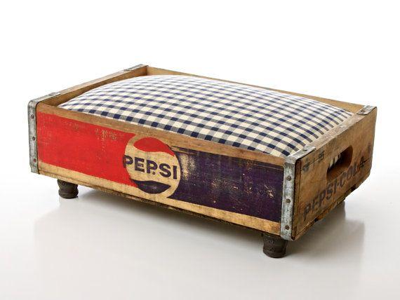 Vintage Pet Bed by CharlieHeartsDieselDogs Beds, Pets Beds, Cola Luxury, Pepsi Cola, Pet Beds, Dog Beds, Fleas Marketing, Vintage Pets, Old Crates