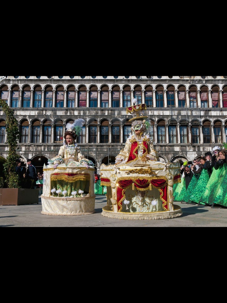 Top 25 ideas about italian culture traditions on for Italian culture