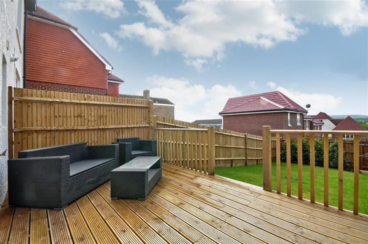 decking furniture garden ideas
