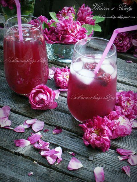 Лимонада от рози, малини и лимон