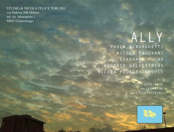 L'incontro - Studio di Luca Miscioscia, Milano. Cinque artisti che si sono conosciuti ai tempi dell'Accademia fanno ora incontrare le loro opere per la prima volta in in uno stesso luogo. Nell'ambito di Studi festival...