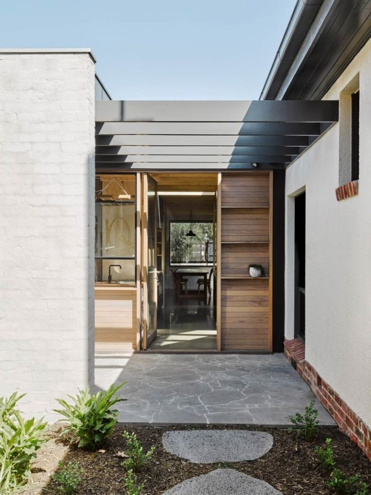 Architect-Rob-Kennon-Northcote-House-Brooke-Holm-photo-Remodelista-10
