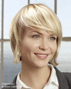 Short blonde hair with a shiny finish.