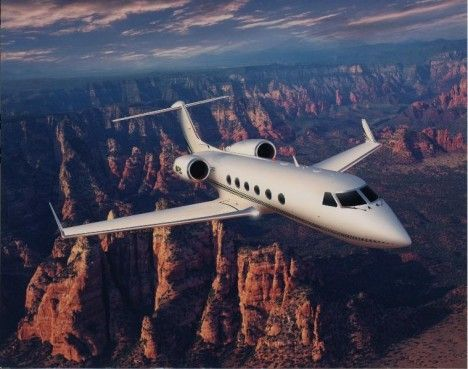 Gulfstream IV private jet