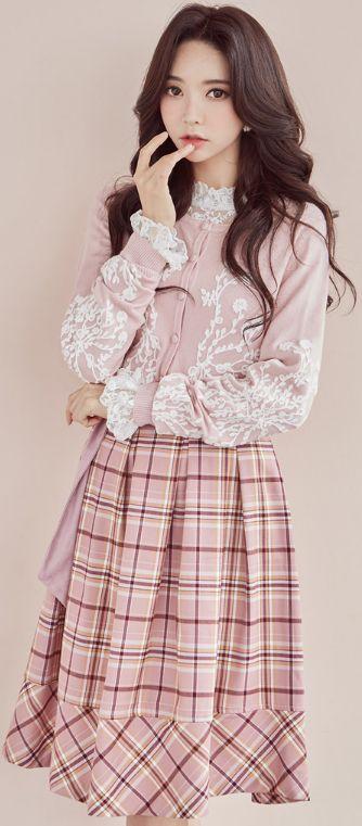 StyleOnme_Check Print Belted Flared Skirt #plaid #skirt #koreanfashion #kstyle #kfashion #cute #pink #dailylook #seoul