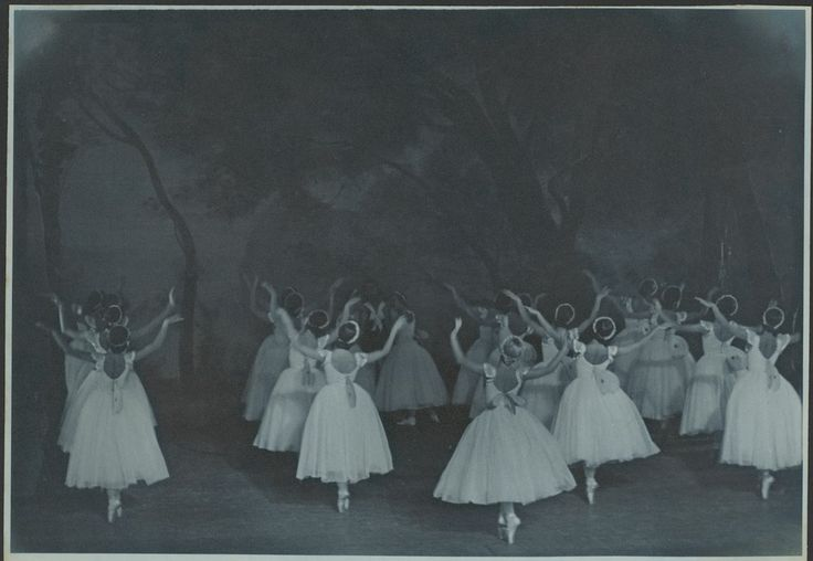 Tatiana Riabouchinska (centre right with blonde hair) and artists of the company, in Les sylphides, The Original Ballet Russe, Australian tour, His Majesty's Theatre, Melbourne, 1940 / Hugh P. Hall