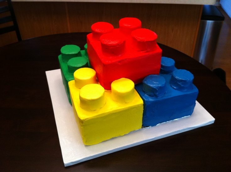 Karl would love this!!!  Lego birthday cake (rear view)