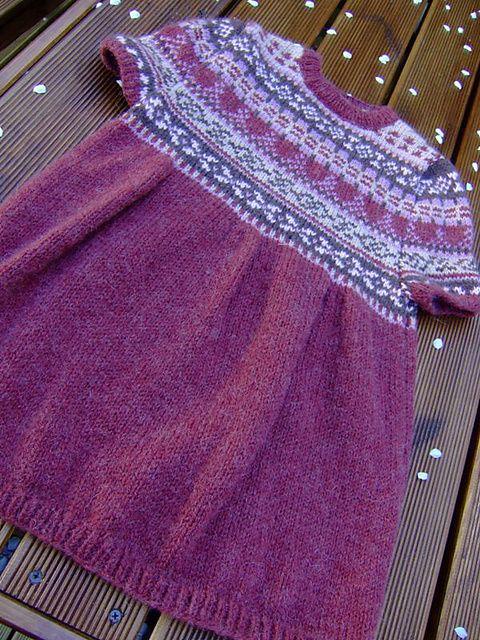 strikkede pigekjoler