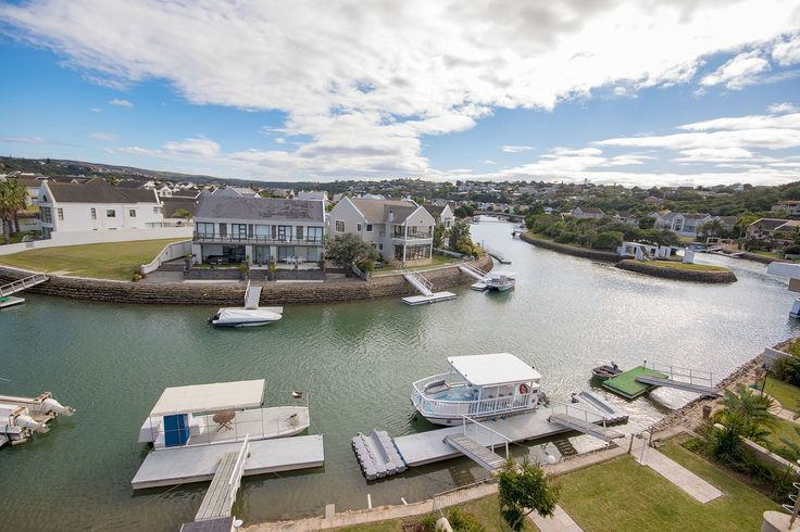 Lazy afternoon in the Royal Alfred Marina, Port Alfred