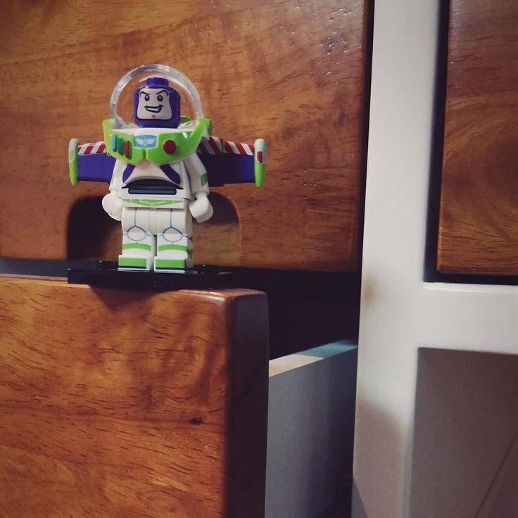 #레고#레고미니피규어#미니피규어#디즈니#토이스토리#버즈#lego#legominifigures#minifigures#disney#toystory#buzz#レゴ#レゴミニフィギュア#ディズニー  날아갈 준비 됐지말입니다 by pisces_ab