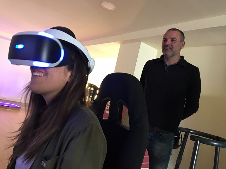 """#VR · Jacqueline, our Creative Director, was still smiling as she plays the VR version of #PlayStationVR's """"Resident Evil"""" ... until the 3D Zombie appeared! ;-) · March, 2017 · www.bvirtual.com"""