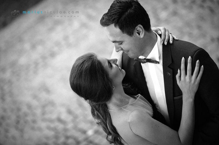 Alegerea celui mai bun fotograf de nunta pentru evenimentul asteptat si visat de o viata poate fi o provocare pentru oricine....